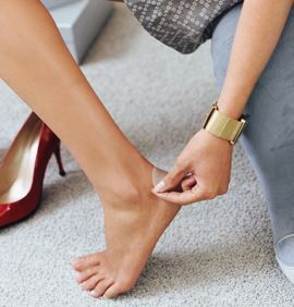 how to put on elastoplast ankle support